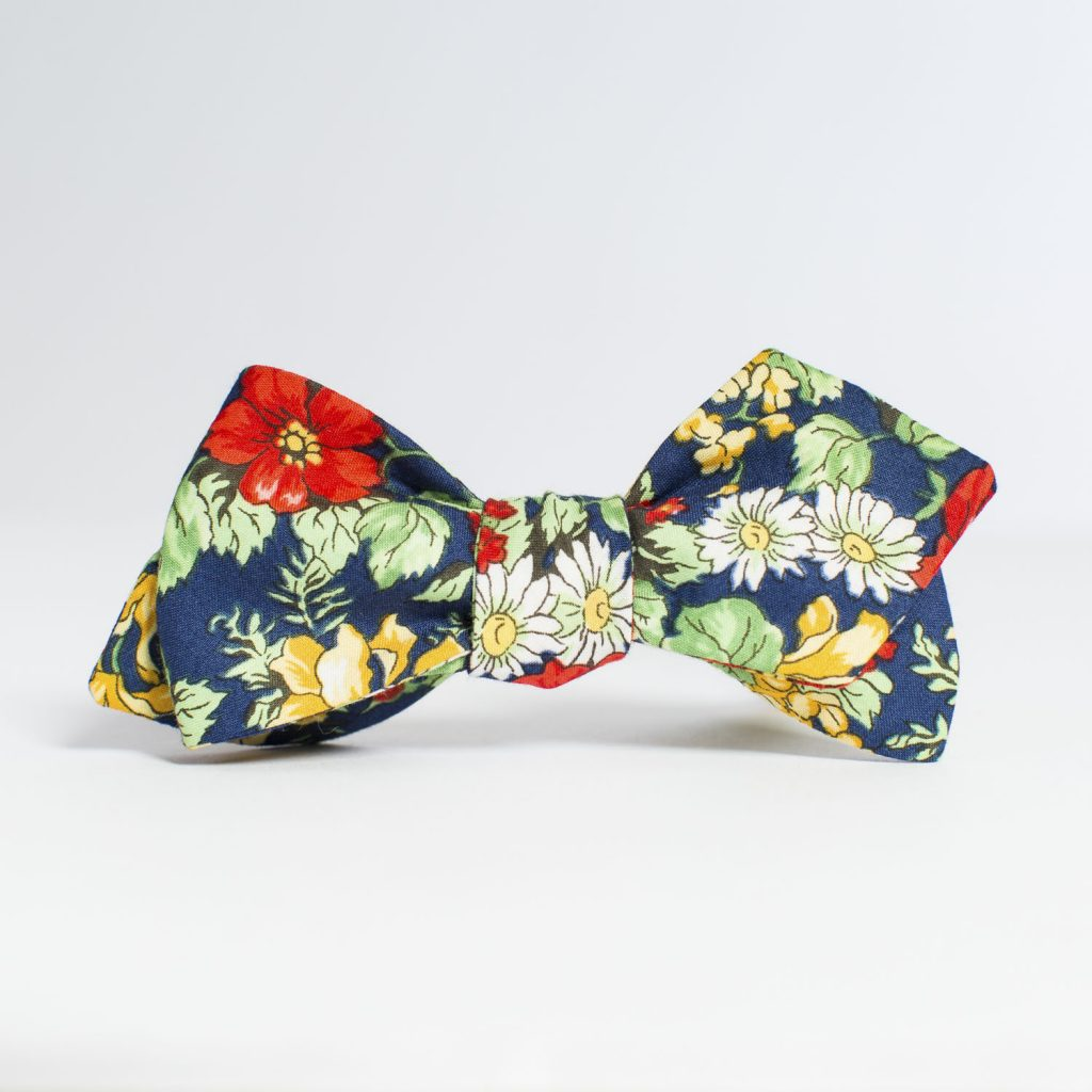 Americana Floral Arrow Bow Tie