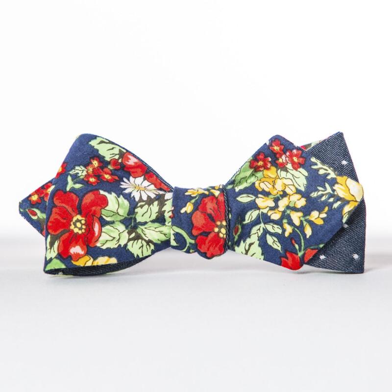 Americana Floral Arrow Bow Tie