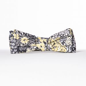Black Flowers Paddle Bow Tie - Floral Batwing Bow Tie