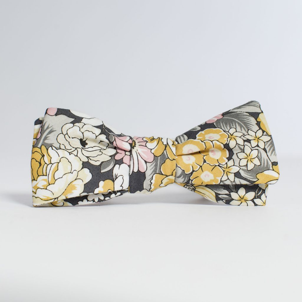 Meadow Floral Paddle Bow Tie
